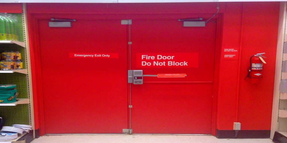 Puertas contra incendios en Tenerife y Gran Canaria